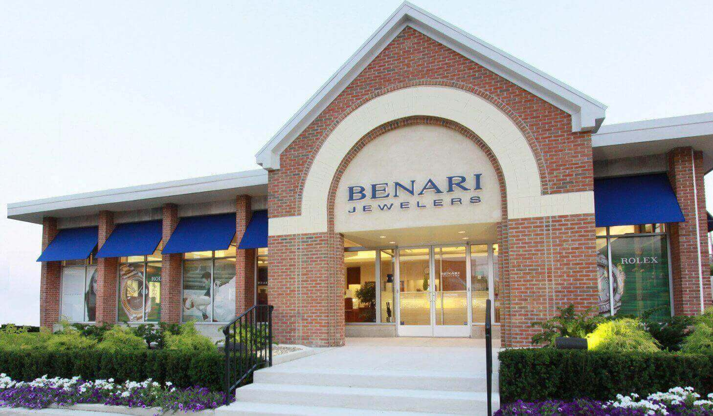 BENARI JEWELERS' Tacori Trunk Show is coming this April 13th and 14th